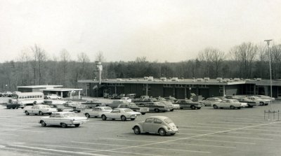 Black and White photo of Sinclair building from the 1960s